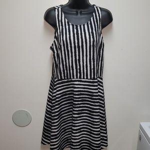 H&M Womens Striped Black/White Skater Dress